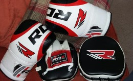 RDX Curved Focus Mitts and Boxing Gloves Review