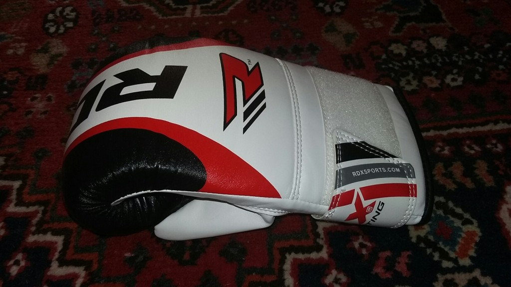 20150810 200521 resized 1024x576 RDX Curved Focus Mitts and Boxing Gloves Review